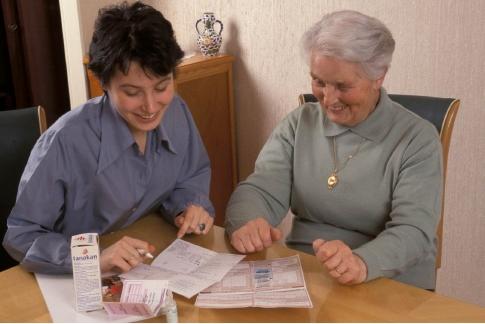 La MACIF lance une enquête nationale pour identifier le profil et les besoins des aidants - Source de l'image:http://www.lemarchedesseniors.com