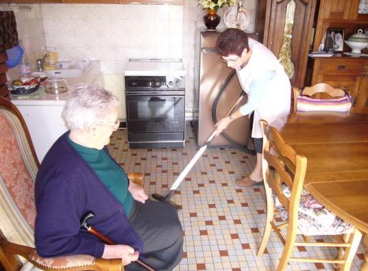 Manque de contrôle des services d'aide à domicile - Source de l'image: http://s1.e-monsite.com