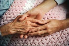 Liban: des formations pour améliorer la prise en charge des malades d'Alzheimer - Source de l'Image : http://melanieinfirmiere.blog.mongenie.com