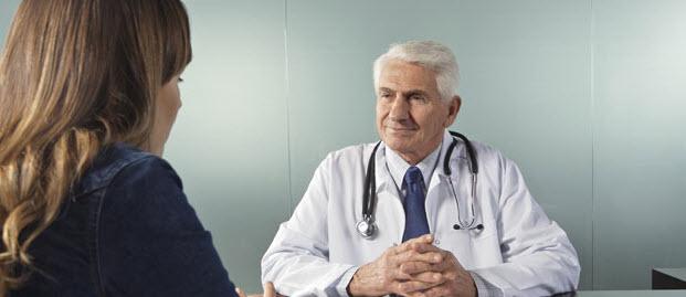 Le rôle des cellules microgliales dans la maladie d'Alzheimer - Source de l'image: http://3.bp.blogspot.com