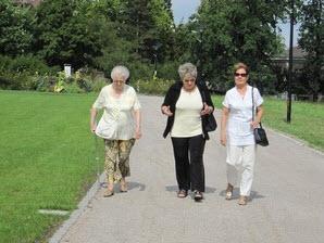 Alzheimer : une simple marche pour garder la mémoire - source de l'image : http://img.over-blog.com/